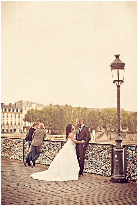 lovers pont des arts