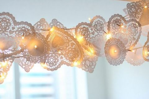 paper lace doilies garland