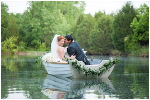 Ace photography boat wedding