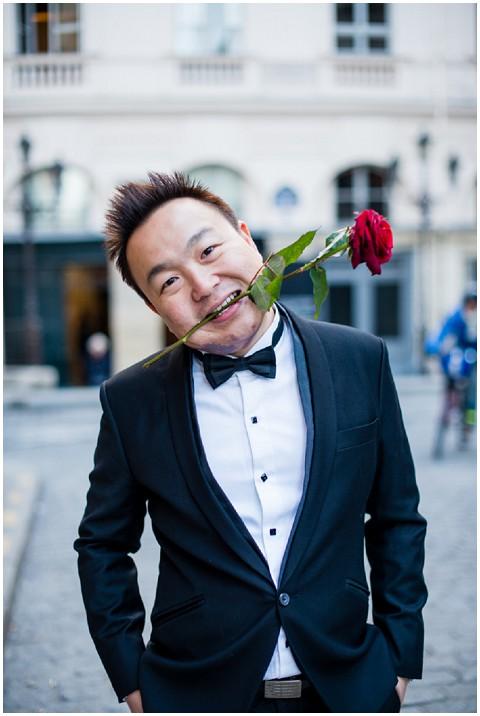 pictoursparis romantic groom