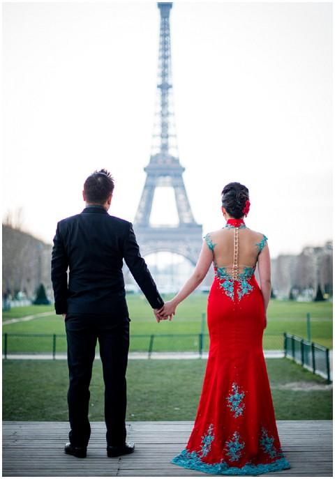 signapore couple in paris