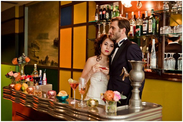 bar retro wedding