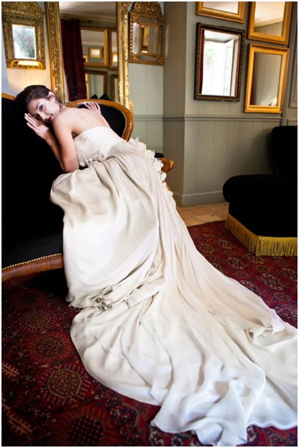 icon wedding dress