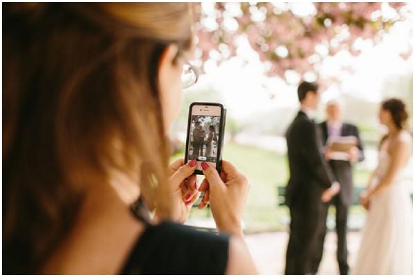 iphone wedding