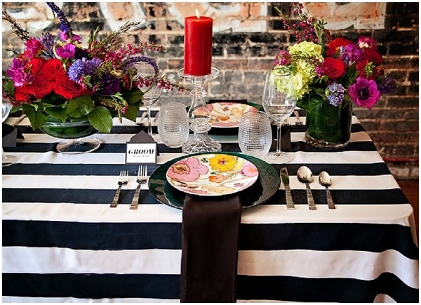 Black and white wedding table with bold colours / Photography: Cinnamon Dreams  / Styling: Query Events /  French Wedding Style  /