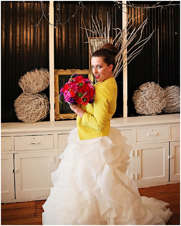 bride yellow blazer over ruffled wedding dress  / Photography: Cinnamon Dreams  / Styling: Query Events /  French Wedding Style