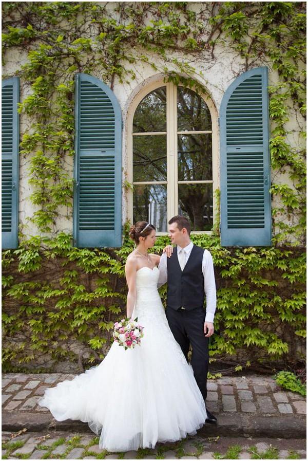 bride groom wedding chateau