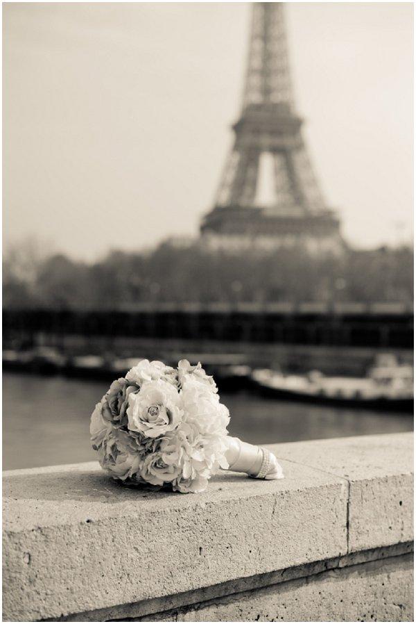 bouquet eiffel tower