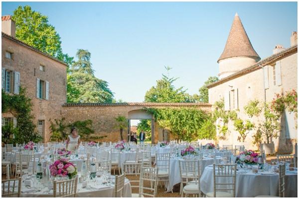 chateau courtyard wedding-france