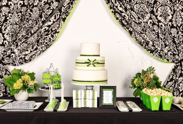 green black dessert table