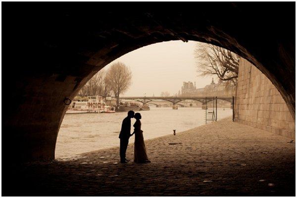 wedding banks of river seine