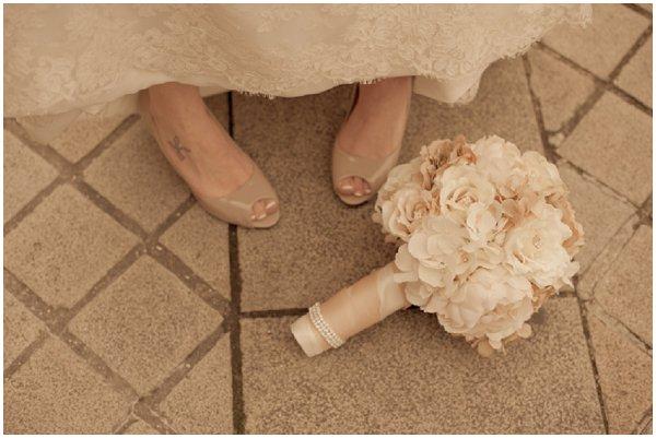 white cream bridal bouquet