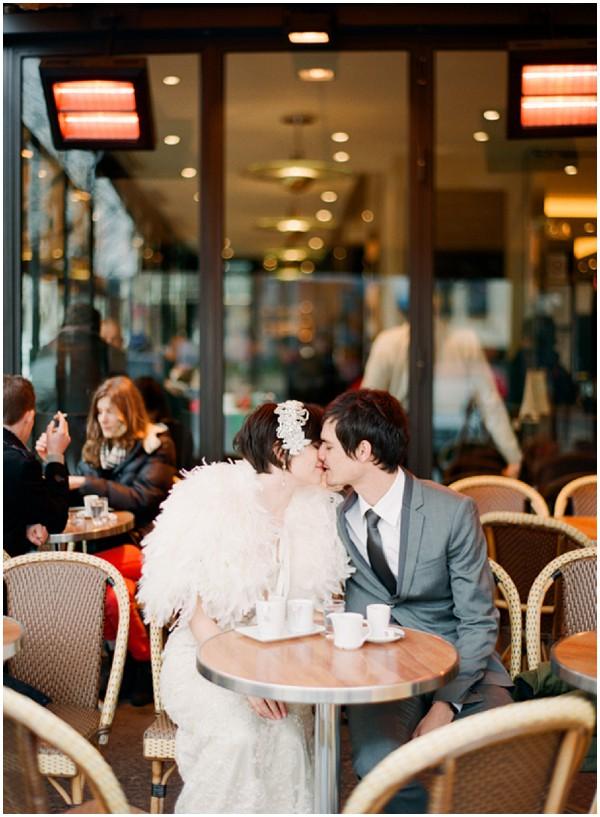 bride groom paris cafe