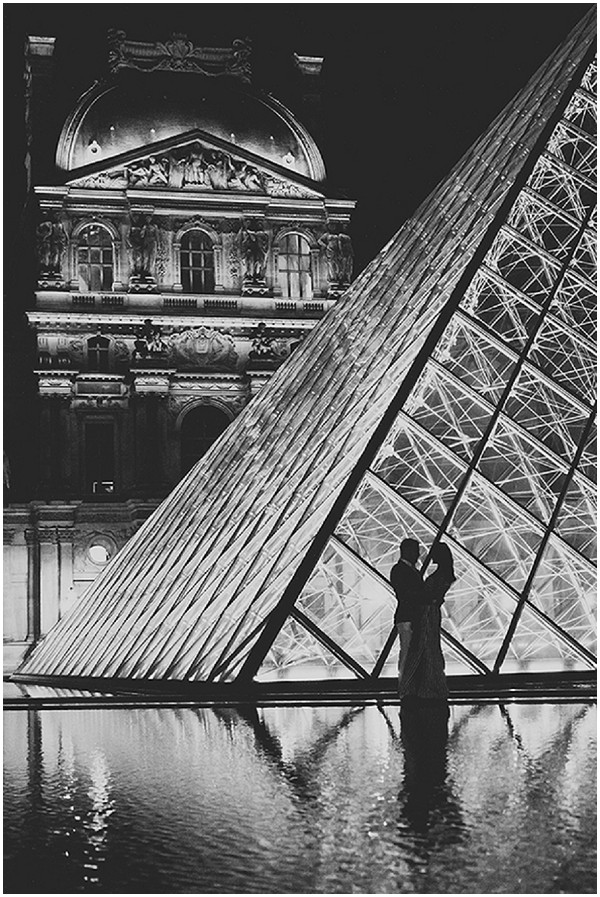 Louvre anniversary shoot at Night on French Wedding Style / Photography © Ula Blocksage