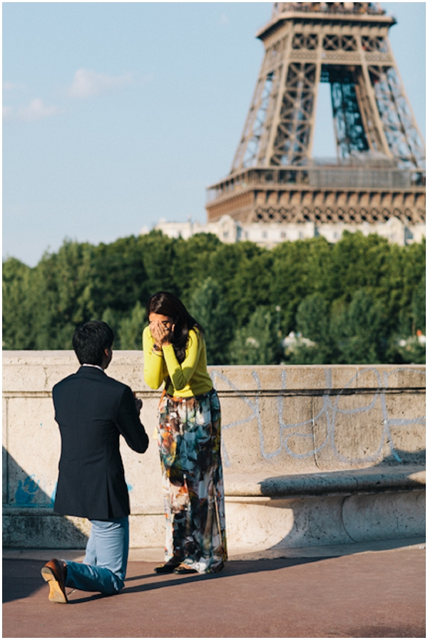 suprise proposal in paris
