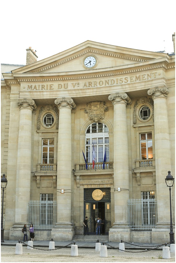 City hall wedding ceremony location in Paris | Melissa Barrick Photography