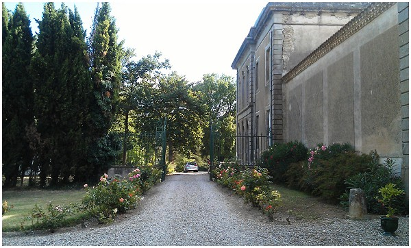 rustic chateau gates