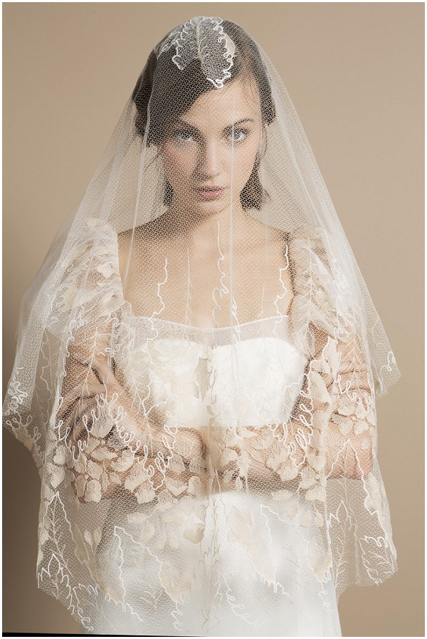 Floral veil on Delphine Manivet bride