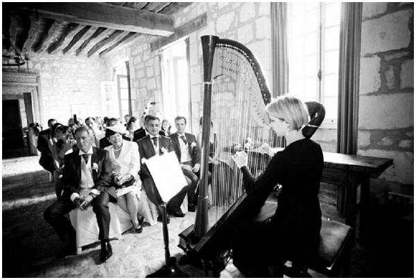 Harpist at wedding in Burgundy France