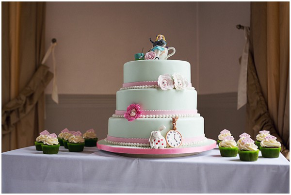 Alice In Wonderland Themed Wedding Cakes
