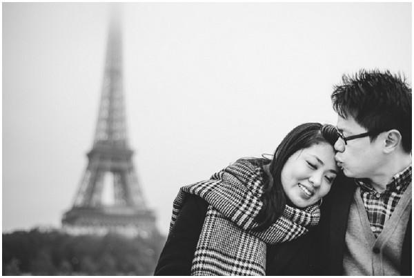 anniversary photo paris