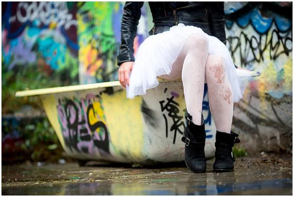 grafitti bath