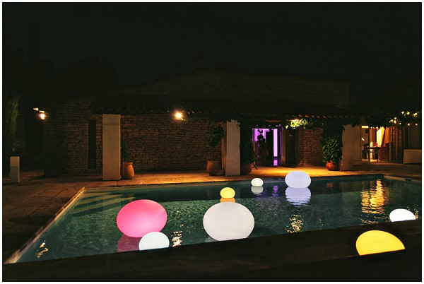 light lanterns pools
