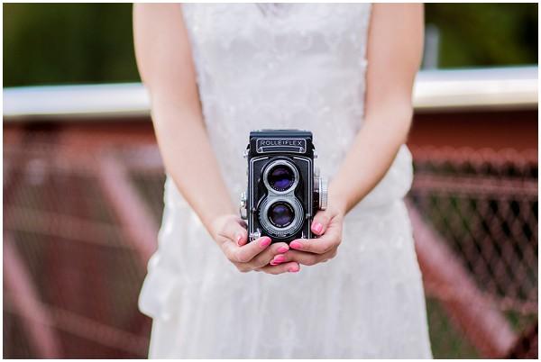 bride vintage camera