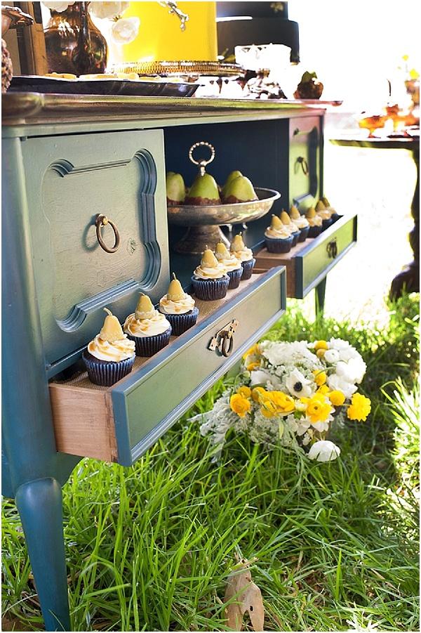 dresser wedding desserts
