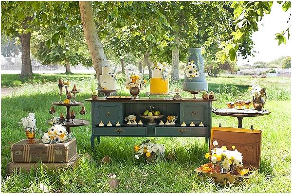 wedding -dessert table