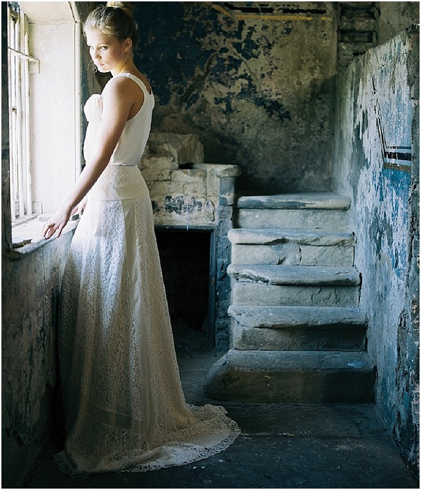 relaxed wedding dress