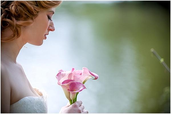 simple pink bridal bouquet