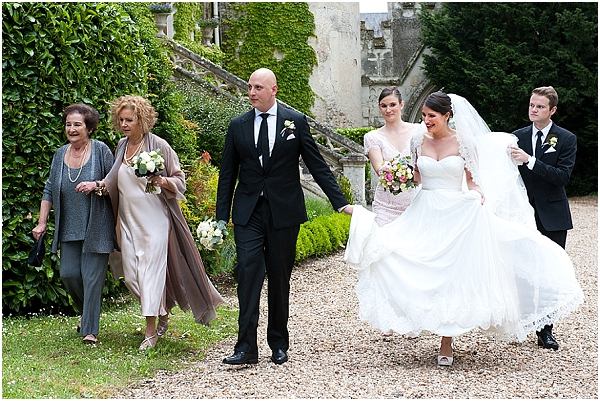 wedding enterage