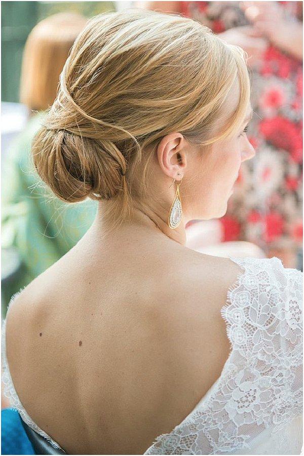 chic bridal hairdo