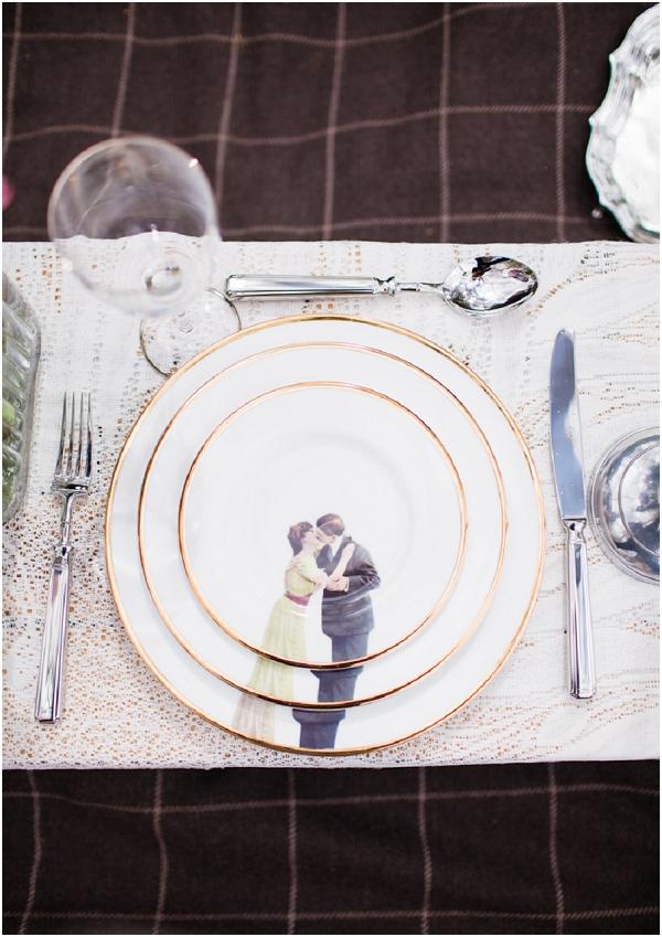 kissing plates