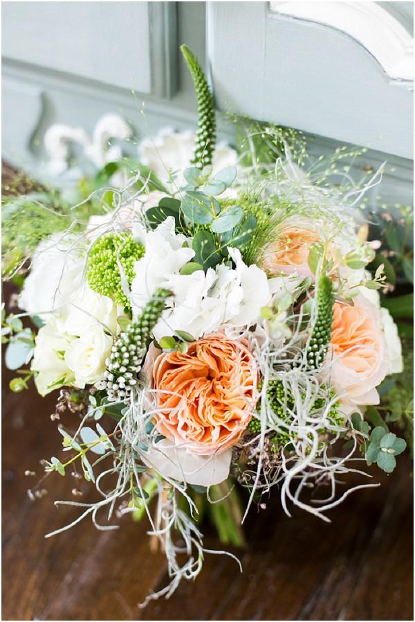 peach white wedding bouquet