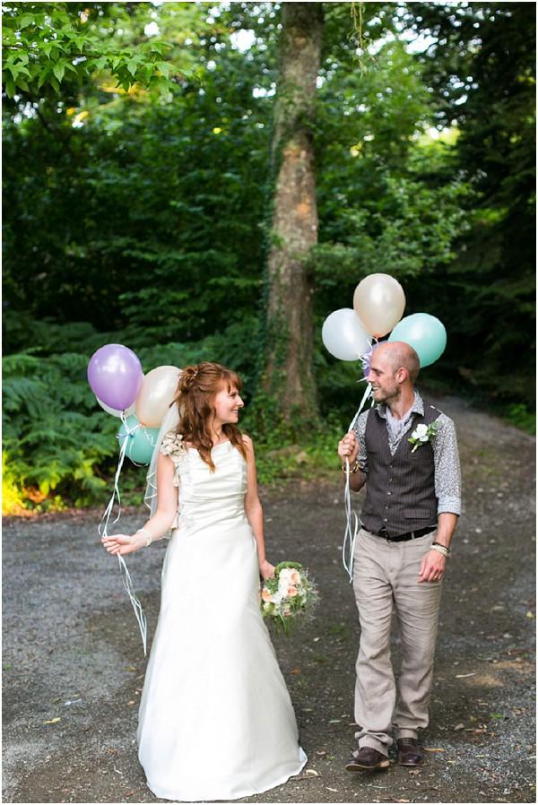 wedding day balloon release