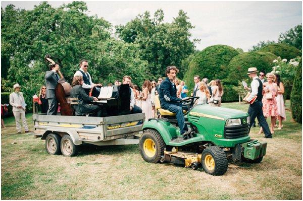 wedding band tractor