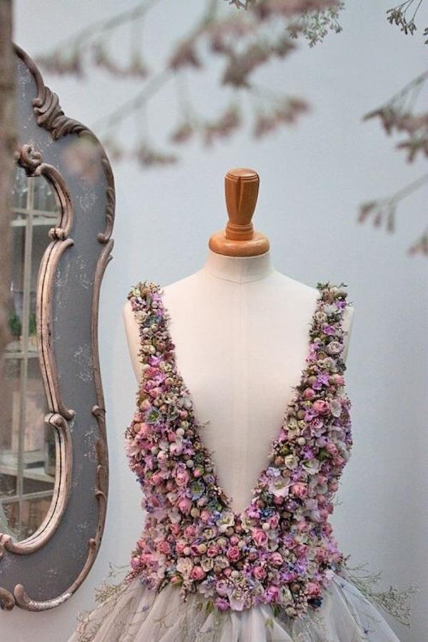 Wedding dress of flowers