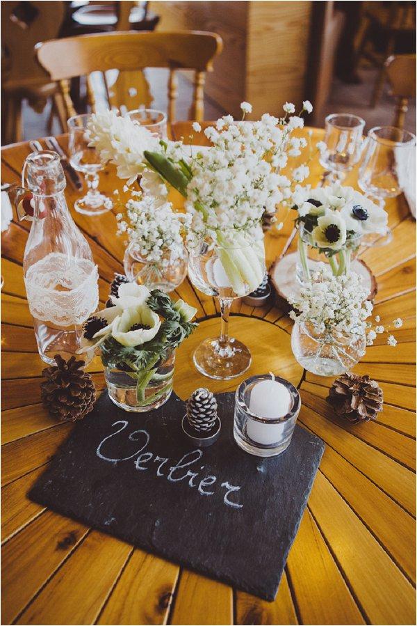 log cabin tablecentres