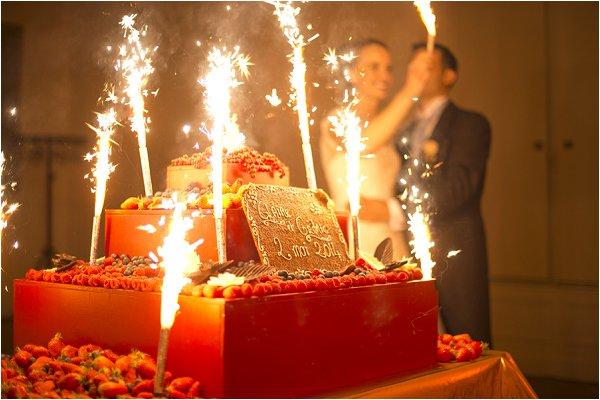 show stopping wedding cake
