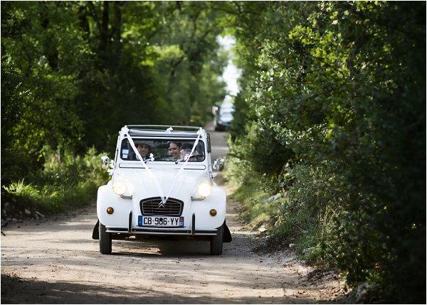 2 cv white wedding car
