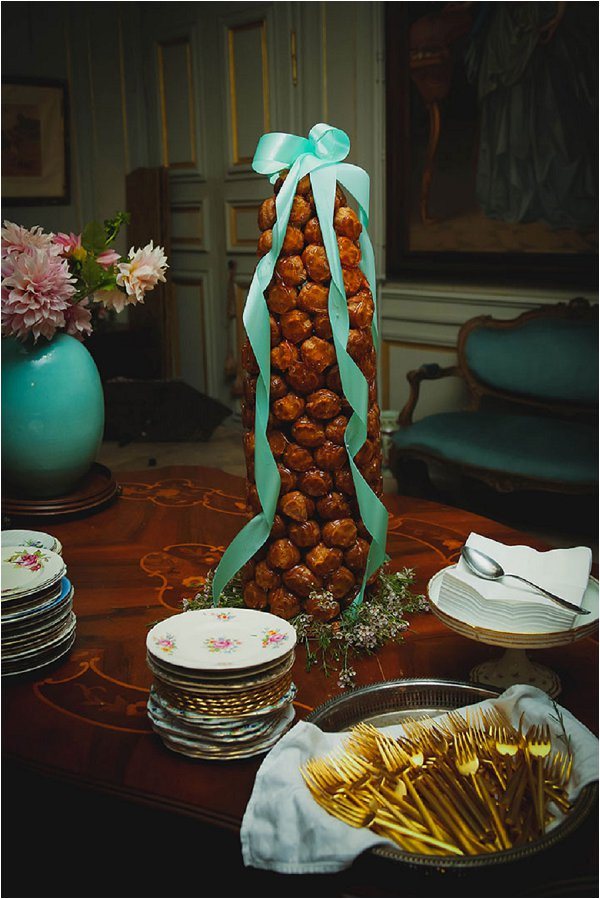 croquembouche with mint