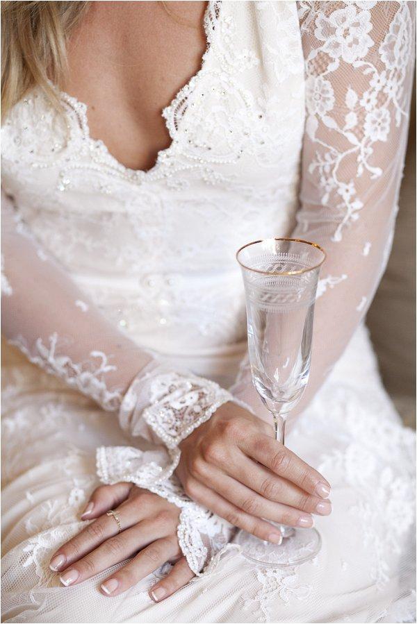lace long sleeve wedding dress