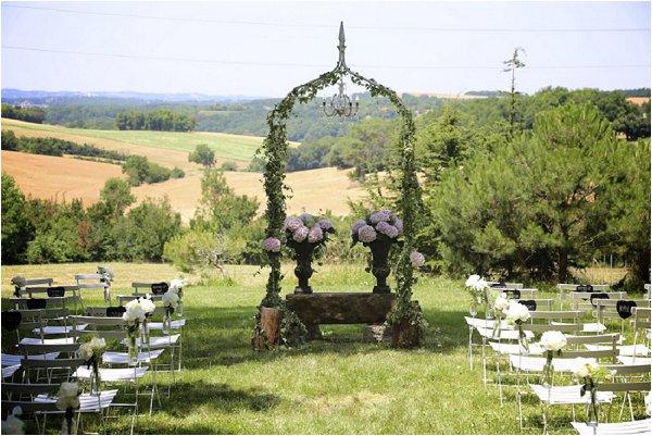 pretty garden wedding france