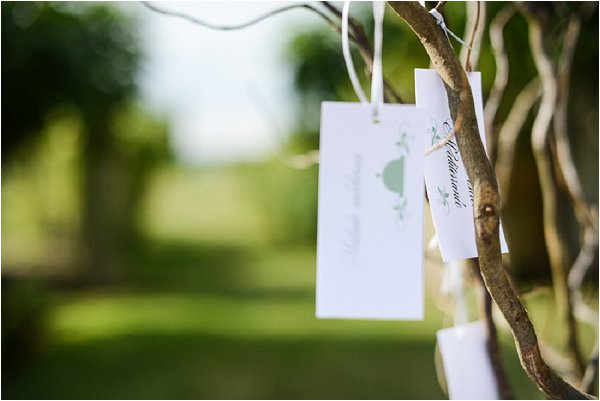 tree escort cards
