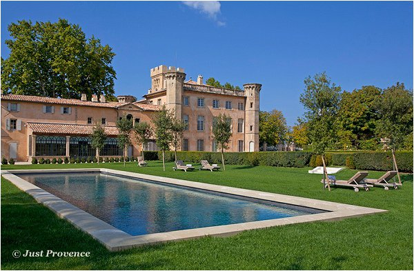 wedding chateau in Provence