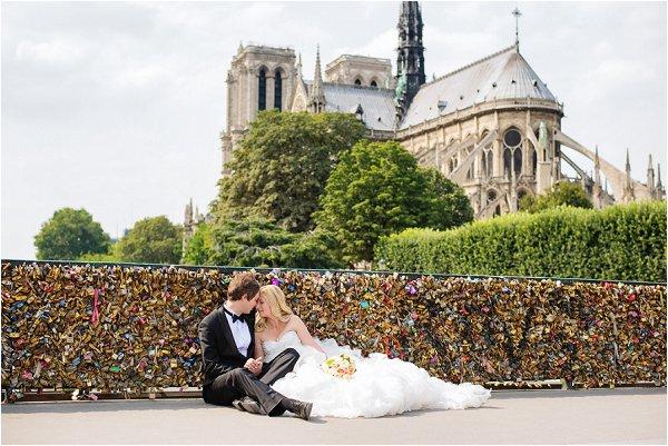 places for wedding photos in Paris