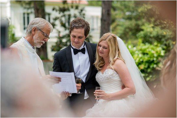 wedding priest Pris