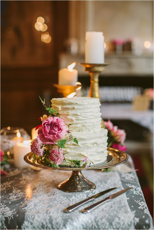 white wedding cake Paris